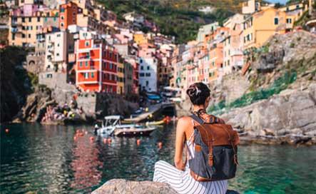 turista na costa azul